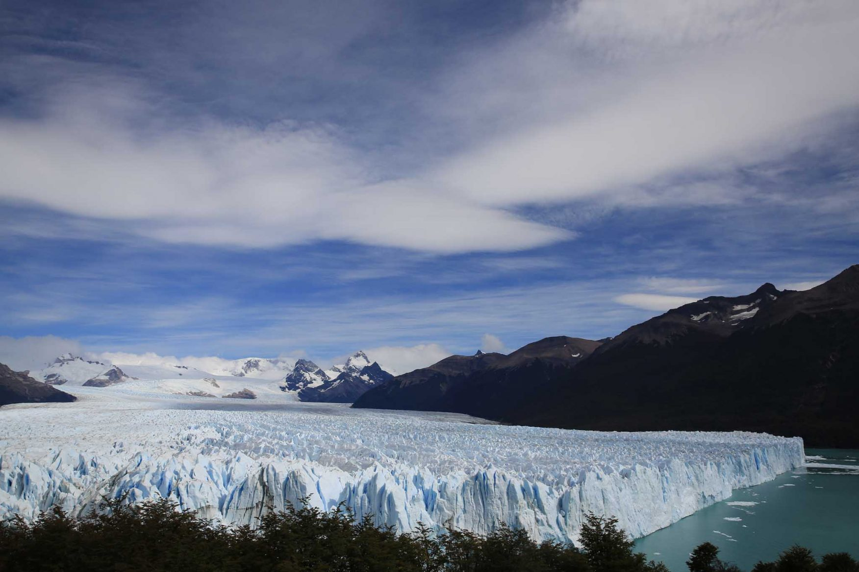 antarctic-expedition-patagonia-ice