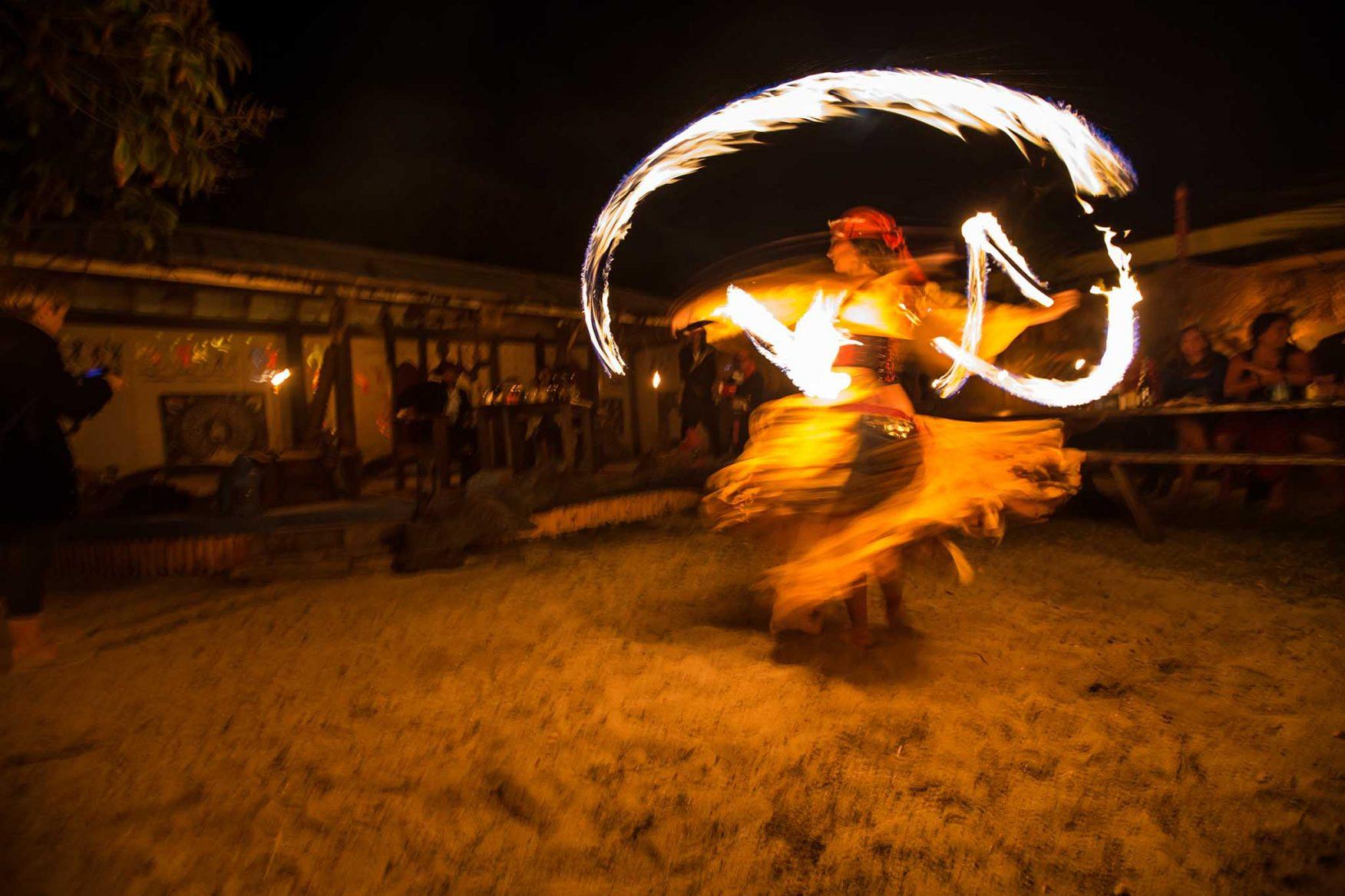caribbean-cruising-pirate-quest-fire-dancer