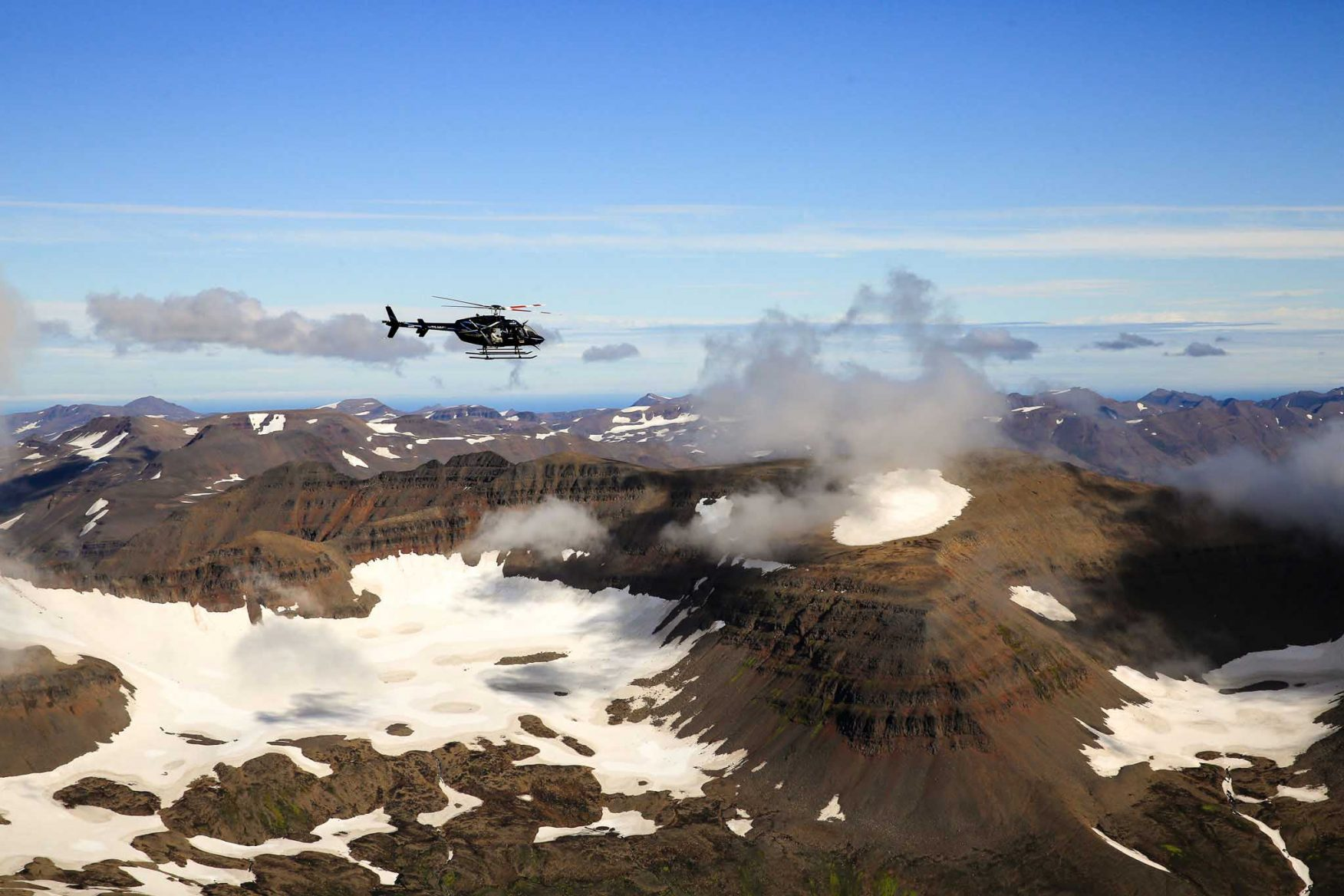 iceland-helicopter-volcano-snow