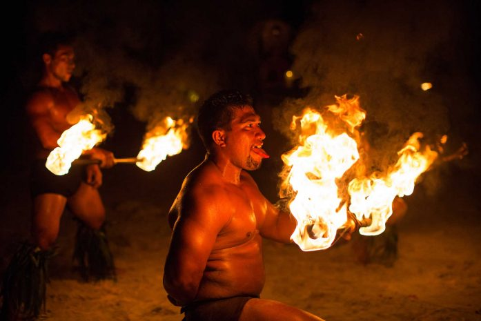 A Tahitian dance with fire