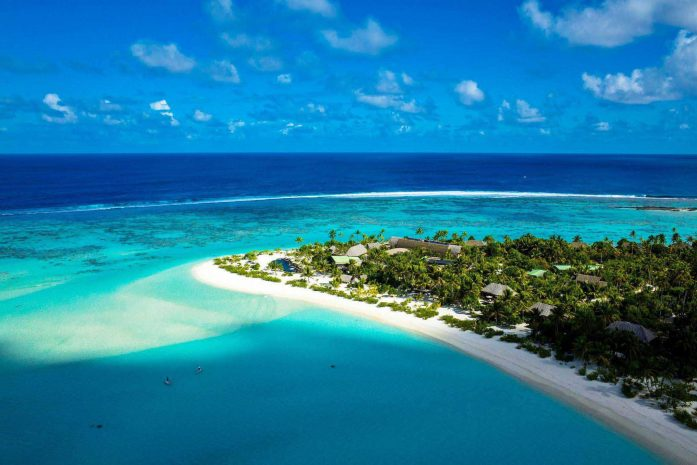 Turquoise seascape with Brando resort