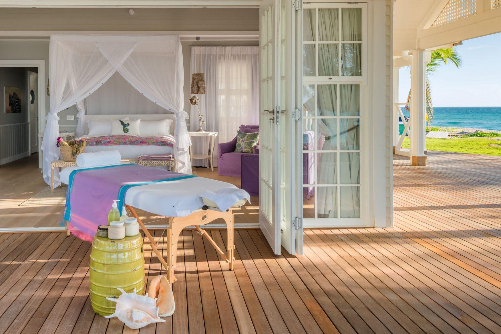 villa-main-bedroom-spa-treatment-1